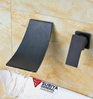Wall-mounted waterfall Water Tap